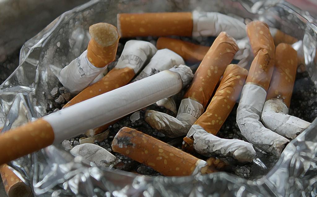 גידול סרטני עלול להגרם מעישון